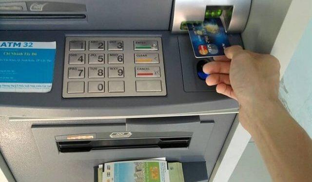 Chuyển tiền qua ATM khác mất bao lâu